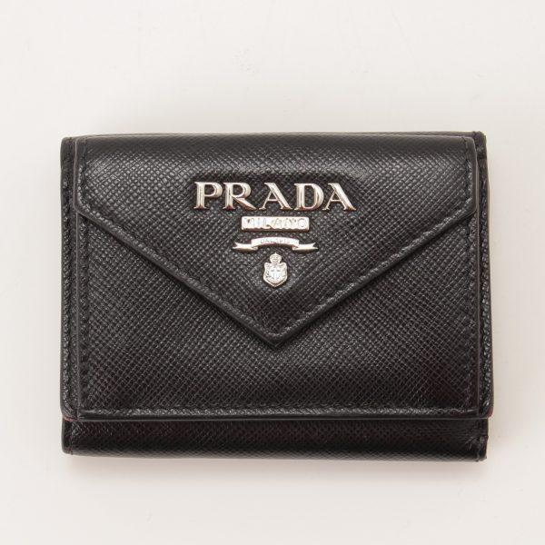 プラダ サフィアーノ コンパクトウォレット ブラック