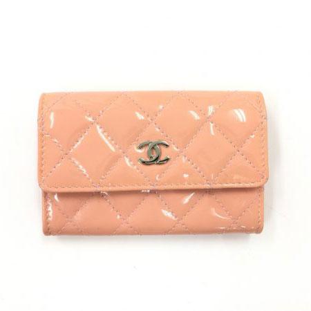 シャネル マトラッセ パテント カードケース ピンク