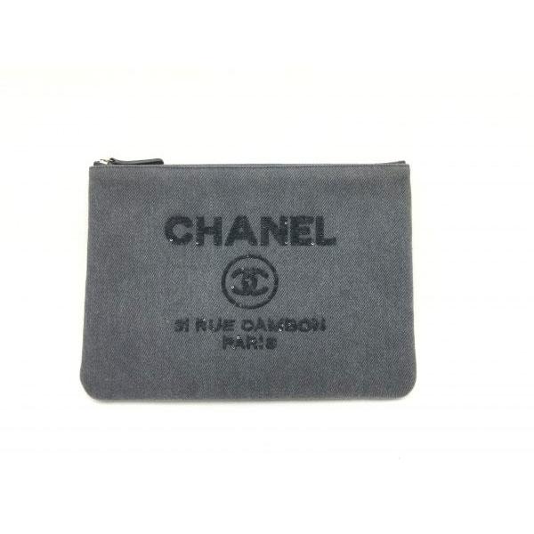 シャネル ドーヴィル キャンバス クラッチバッグ a80117