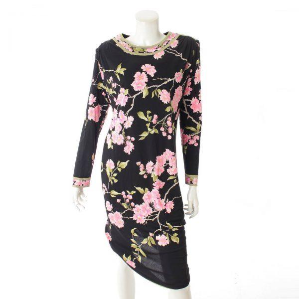 レオナール 肩パット付き 長袖 花柄 ワンピース ブラック×ピンク