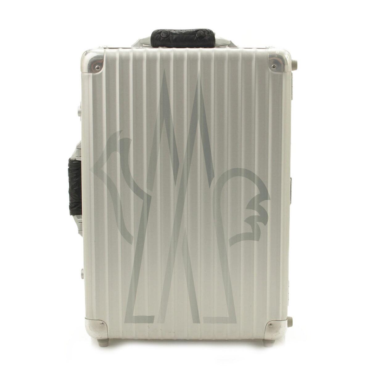 リモワ 2011年 青山店限定 モンクレールコラボ GO ON HOLIDAY スーツケース キャリーバッグ シルバー 35L